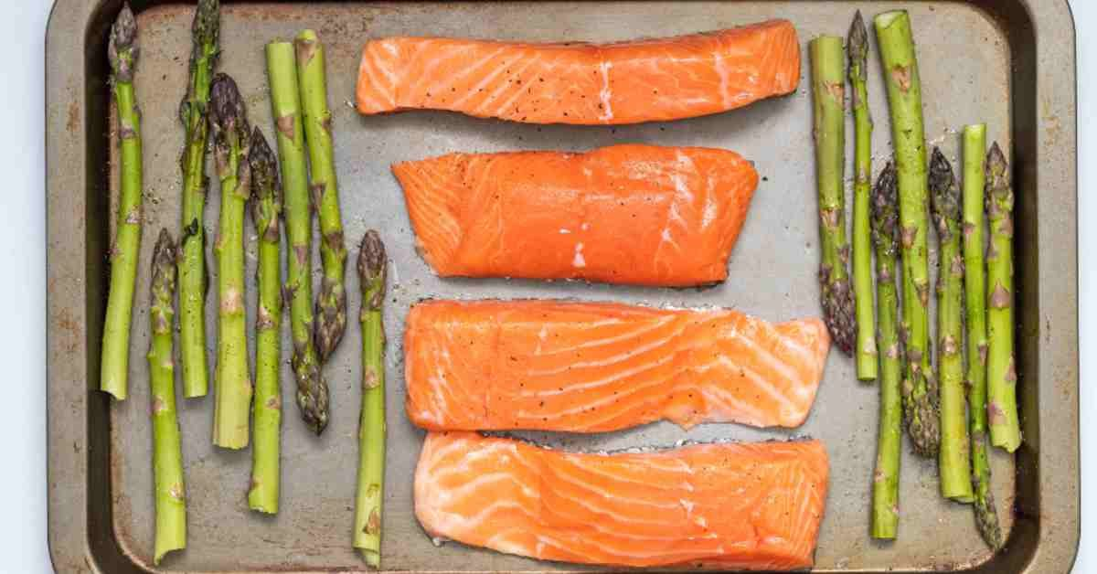 Galveston-Diet-salmon-and-asparagus-Recipe-Featured-Image-5d8a8f804a4ef