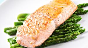salmon-asparagus-cauliflower-rice